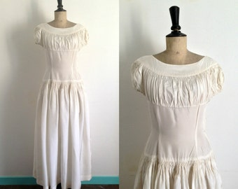Ivory Wedding Dress Vintage 1940s / Cream Evening Gown 40s