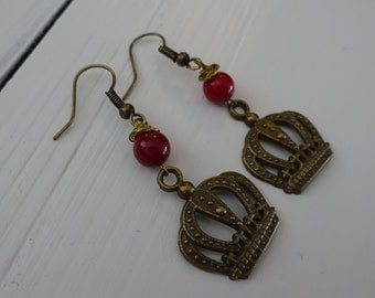 Earrings Fidget: Crown and Red Coral Brushed Copper Wire Wrapped  Alice in Wonderland Collection Queen of Hearts