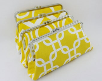 Lemon Yellow Bridal & Bridesmaid's Clutches for Wedding Party Gifts / Wedding Clutches / Bridesmaid Clutches - Set of 4