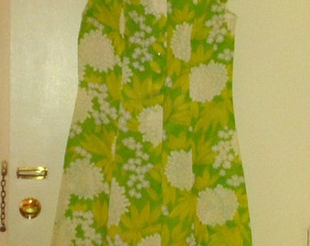 Vintage 1960's green & white floral sleeveless dress size 18