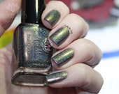 "Nail polish - ""Terra Firma"" Brown to green duochrome linear holographic"