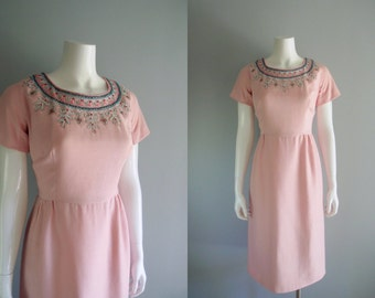 50s Dress / Pink Linen short sleeve Dress by Parues Feinstein with embroidered beading ...31-32 waist