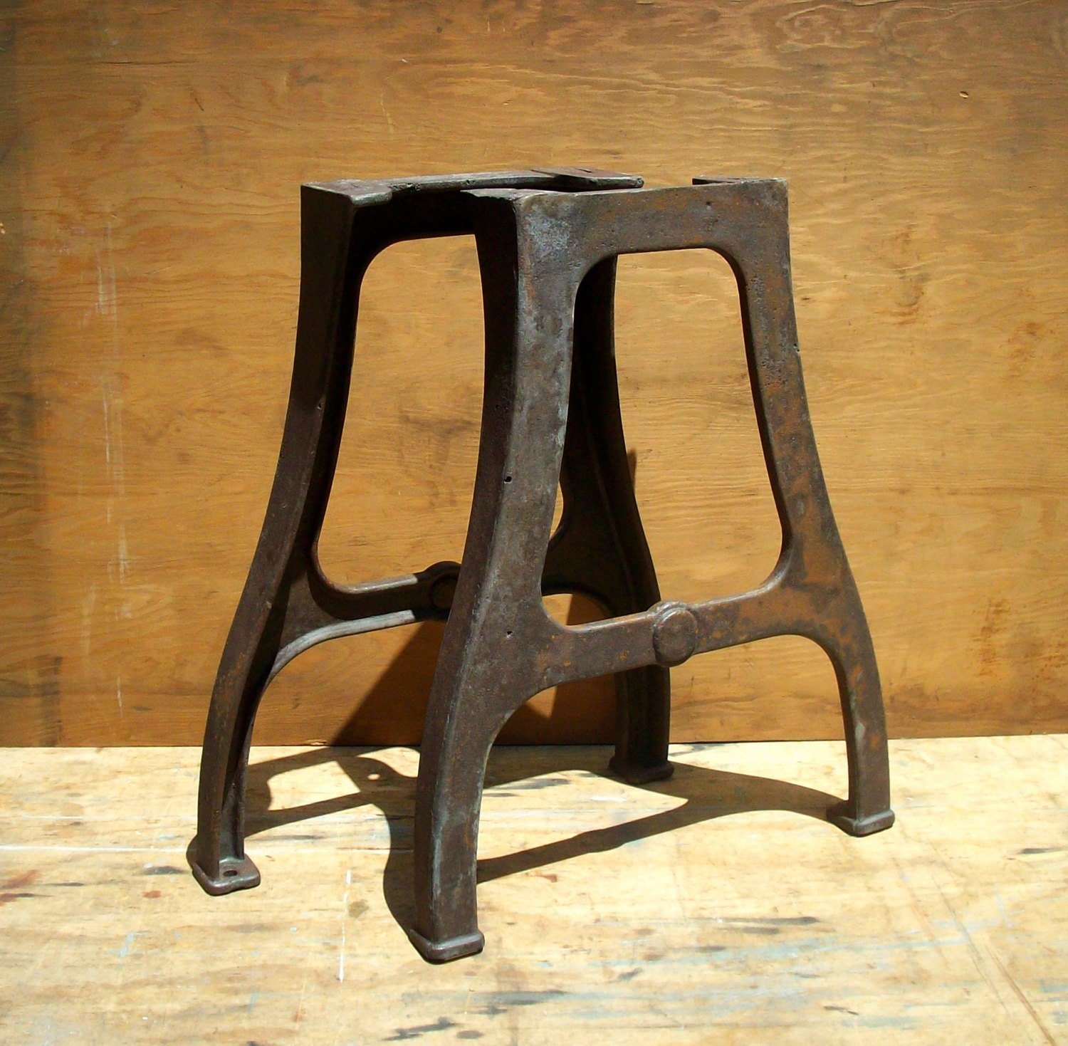 Vintage industrial cast iron factory table legs pair set for Iron cast table legs