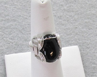 Black Onyx and Sterling Silver Wire Ring
