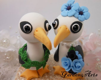 Custom Wedding Cake Topper--Seagull Love with Circle Clear Base