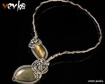 Black Mirror Necklace - Silver and Labradorite Cabochons