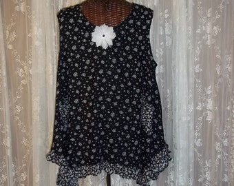 SALE 25.00,Was 55.00,Boho Tunic/One Size Tunic/Romantic Boho/Country Chic/Lagenlook/Women's Clothing/Ruffles/Debbie Sews Retro