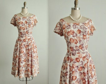 50's Floral Dress // Vintage 1950's Tulip Print Full Garden Party Dress