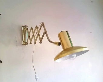 Vintage Mid Century Modern Accordian Lamp, Scissor Wall Lamp Brass