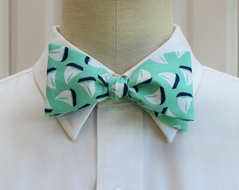 Men's Bow Tie mint with navy sailboats, marine wedding bow tie, sailor gift, nautical wedding bow tie, groomsmen gift, self tie bow tie