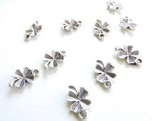 6pcs Antique Silver 4 Leaf Clover Charms Pendant Finding great for necklace, Lucky St. Patrick bracelets charms