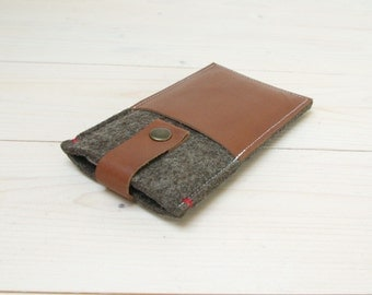 IPHONE 6 WALLET case - felt leather - sandbrown - pocket cover
