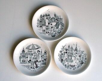 Vintage Arabia  Finland Emilia Raija Uosikkinen Mini Plates Mid Century Scandinavian Decor Lot of 3