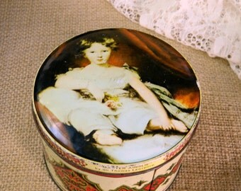 Vintage Murray Allen Old Masters Imported Quality Confections Tin Master Ainslie by Sir Thomas Lawrence. Shabby English Tin. Home Decor.