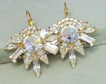Crystal Statement Earrings,Swarovski Dangle Earrings,Crystal Bridal Earrings,Whit Patina Chandelier Earrings,Vintage style Bridal Earrings