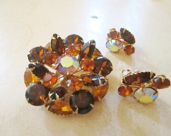 LOVELY smokey topaz yellow sun GOLD tone AB  rhinestones brooch earrings set