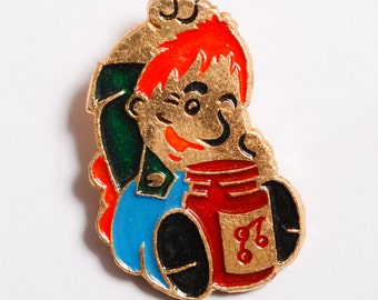 Vintage metal badge pin, Karlsson on the Roof.  Badge from USSR.