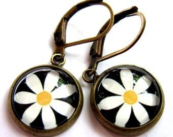 White Daisy Flower Earrings Glass Bronze Boho Fashion Jewelry