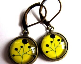 Yellow Flower Earrings Glass Brass Fashion Jewelry