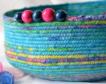 Caribbean Cat Bed, Handmade Tropical Blue Batik Pet Bed, Modern Pet Bed, Caribbean Blue Batik Fabric Basket, Gorgeous Fiber Bowl