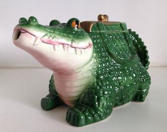 A Vintage Vandor Alligator Tea Pot