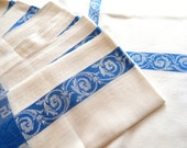 French Linen Damask Tablecloth with 12 Napkins Vintage