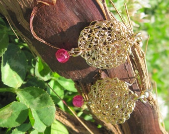 Earrings Goldfield Crochet with Raspberry Faceted Ruby