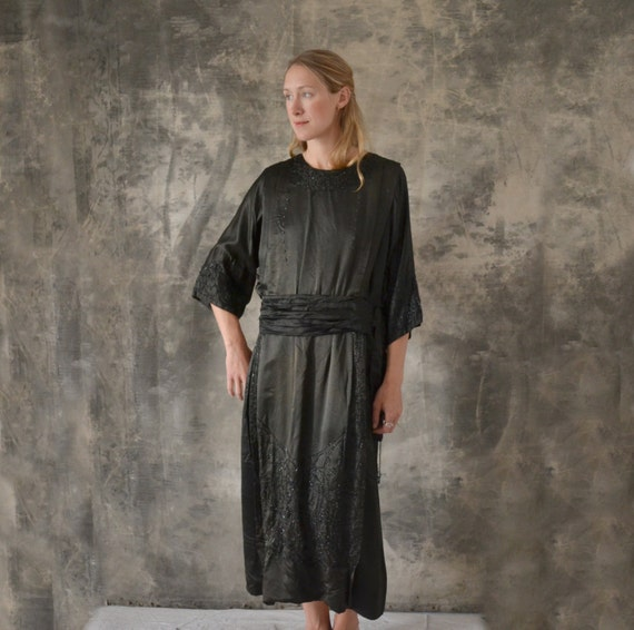 1920s Black Silk Dress size M