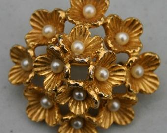 Flower Motif Brooch 1950s Vintage  French Costume Jewellery