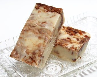 Butterfinger Fudge, 1 pound, Old-fashioned Cream & Butter Recipe loaded with Butterfinger pieces