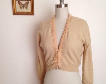 Vintage cropped cashmere sweater with appliqué