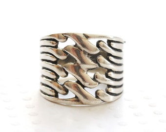 Vintage Sterling Silver Band Ring Wave Pattern Ring Wide Band Ring Size 6