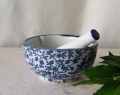 Vintage Mortar and Pestle Porcelain Blue Flowers Kitchen Decor Herb Grinder Pharmaceutical Vintage 1970s