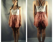 On Sale Vtg HIGH WAIST cotton shorts / bandanna print / paper bag waist / summer shorts / POCKETS shorts s, m, l