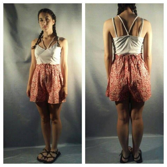 Bandana Print Shorts / Paper Bag waist,  HIGH WAIST cotton shorts / bandana print / paper bag waist / summer shorts / POCKETS shorts s, m, l