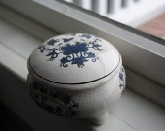 Blue and White Porcelain Trinket Box