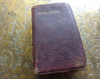 Antique English Holy Bible Small handheld circa 1910's / English Shop