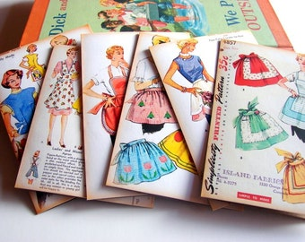Sewing Room Note Card Set A - Vintage Apron Sewing Patterns Retro Fifties 50s Housewife Kitchen Seamstress Sew - 6 Sm Greeting Cards
