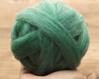 Soft Emerald Green Wool Roving for Needle Felting, Wet Felting, Spinning, Fiber Arts, Supplies