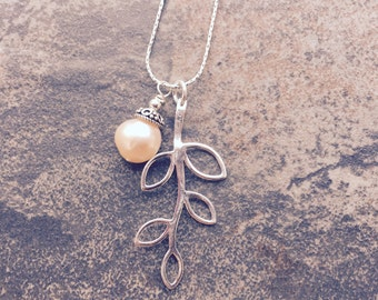 Sterling Silver Vine with Vintage pearl
