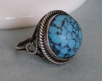 Vintage Estate Artisan Turquoise Sterling Silver Ring
