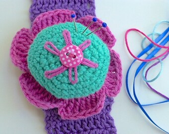 Pincushion, wrist pincushion, crochet flower pincushion, bracelet pincushion, sewing aid, pin tidy, Free UK shipping, needlework  present