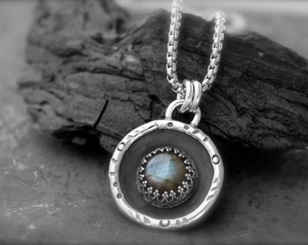 Labradorite set in a Domed Sterling Silver Pendant