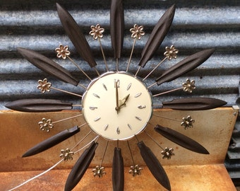 A Vintage 1963 Working Lux Atomic Sun Burst Flower Clock Rocking The Retro