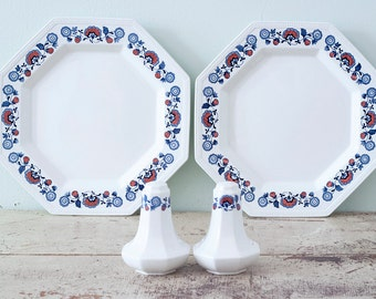Johnson Brother's REVERE Pattern Dinnerware 4 Piece Set Plates and Shakers - Stoke-on-Trent Mid Century