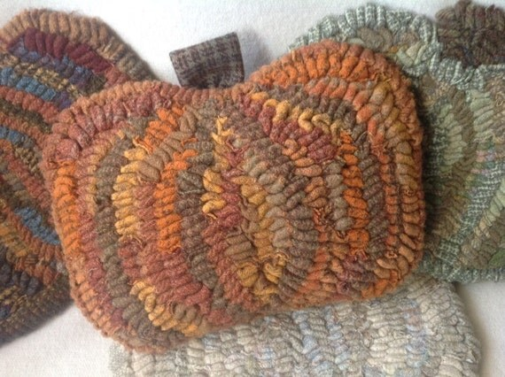 Rug Hooking KIT, Torn Wool Pumpkins, J941, DIY Rug Hooked Pumpkin, Harvest Pumpkin, Orange Pumpkin, White Pumpkin