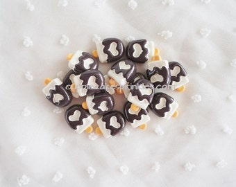 6pcs - Cute Chocolate Heart Popsicle Decoden Cabochon (18x12mm) IC10013