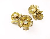 Vintage AB Rhinestone Earrings, Flower Gold Tone, Bridal, Aurora Borealis / Vintage Wedding - Boucles d'Oreilles.