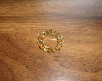 vintage pin brooch goldtone yellow glass