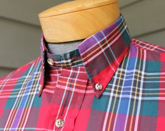 vintage 1970's - 1980's Men's long sleeve 3 button collar shirt w/ locker loop. Colorful Foxhunt plaid by Gant. Medium
